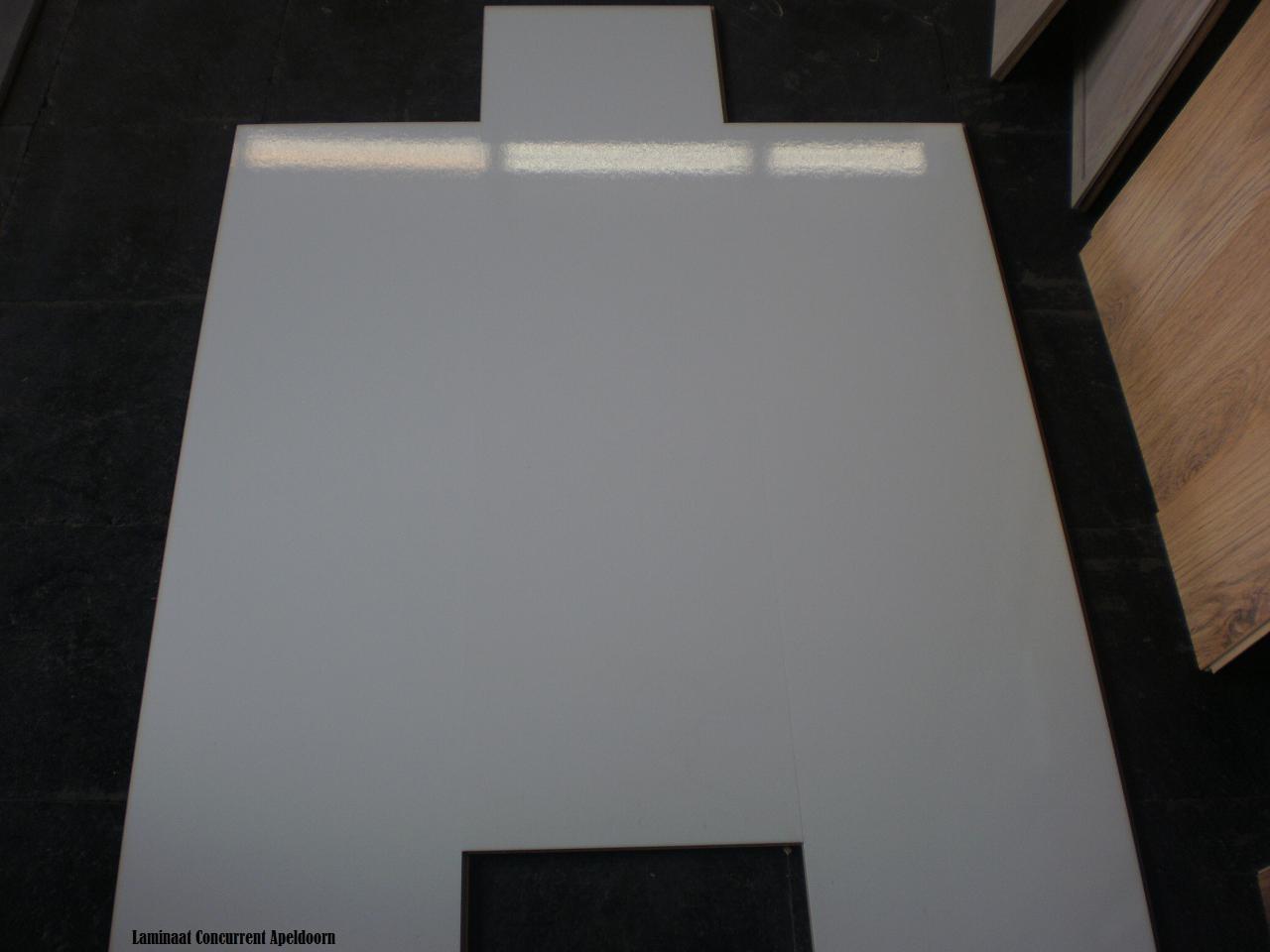 Hoogglans wit d xl zonder naad wit tegel laminaat