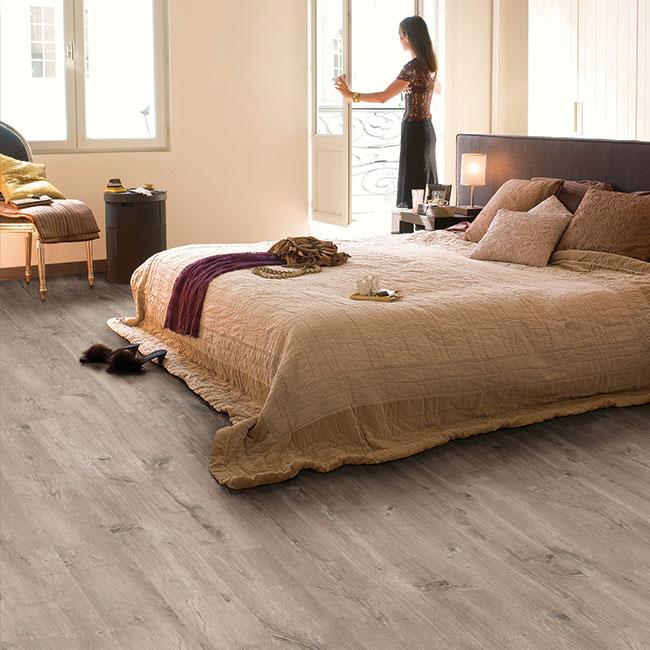 quick step kastanje nice sens025 8mm dik 4v groev ac 5 klasse 33. Black Bedroom Furniture Sets. Home Design Ideas